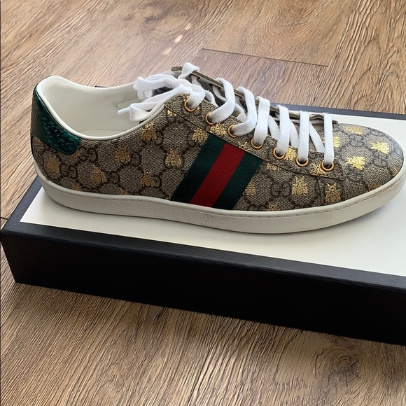 gucci tennis shoes price